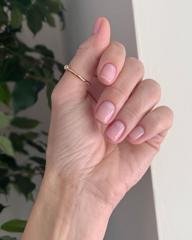 natural pink healthy nails